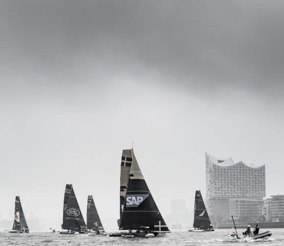 ESS, The Extreme Sailing Series 2017, Mutihull, GC32, Foiling Yacht, Sailing, Foiling, Yacht Racing, Day2, Hamburg, Germany, Stadium Racing